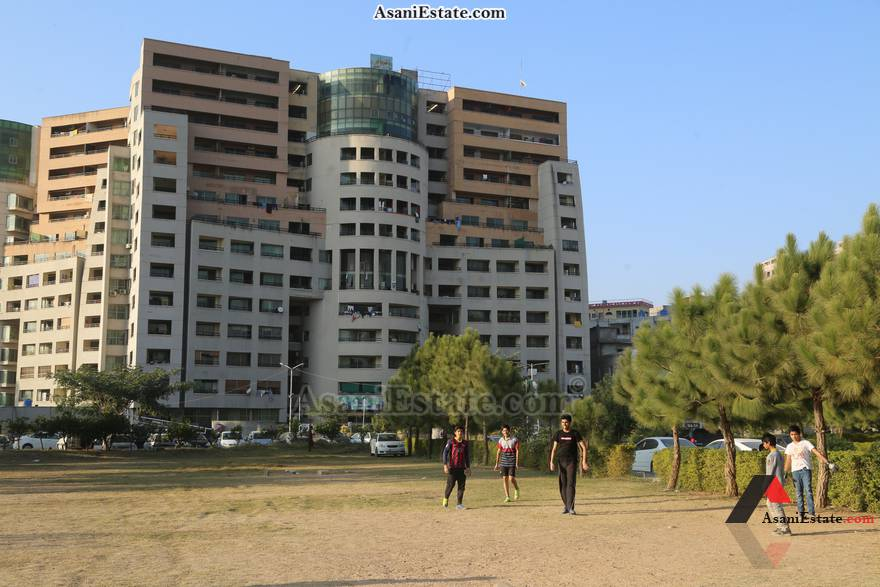 Outside View 1400 sq feet 6.2 Marlas flat apartment for rent Islamabad sector E 11