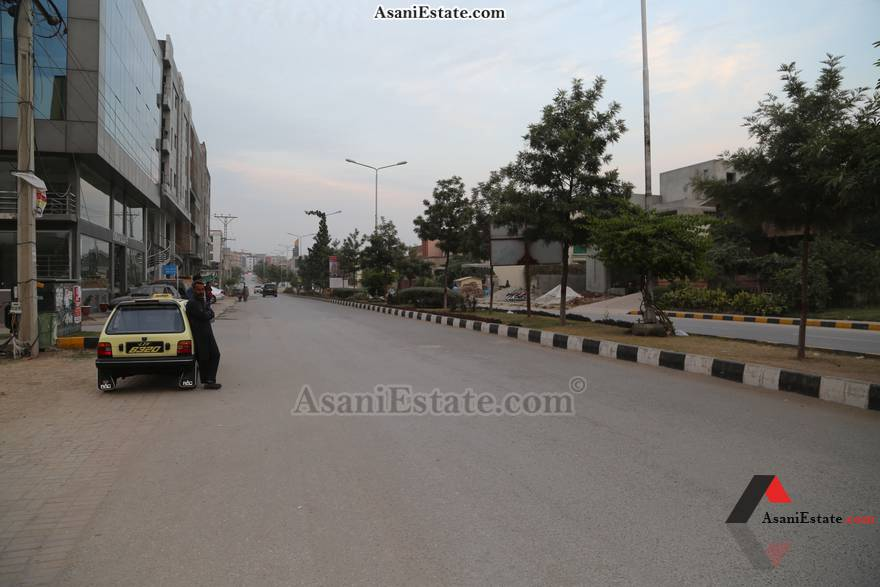 Nearest Main Rd View 30x60 feet 8 Marla house for rent Islamabad sector E 11