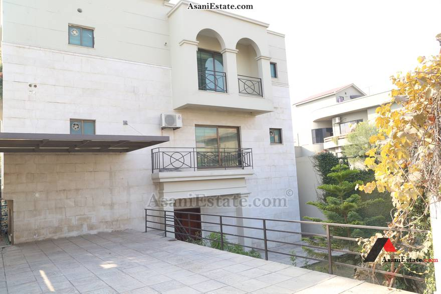 Main Entrance 50x90 feet 1 Kanal house for rent Islamabad sector E 11