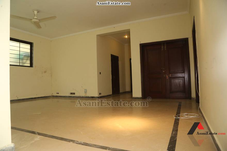 Basement Livng/Drwing Rm 50x90 feet 1 Kanal house for rent Islamabad sector E 11
