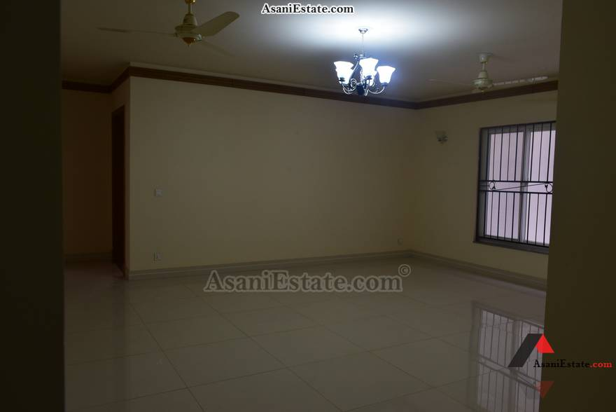 Basement Livng/Drwing Rm 50x90 feet 1 Kanal house for sale Islamabad sector E 11