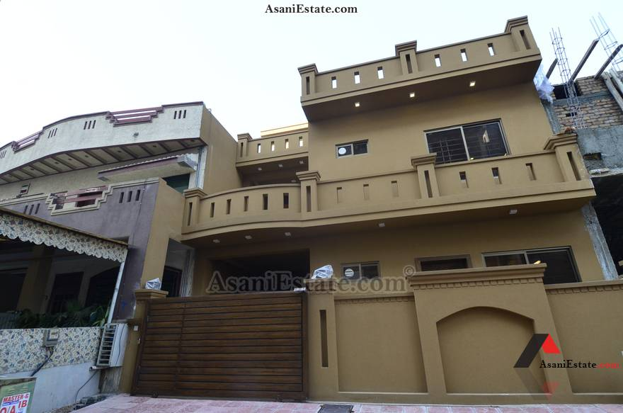 Outside View 30x60 feet 8 Marla house for sale Islamabad sector E 11