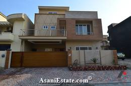 Ground Floor Outside View 35x70 feet 11 Marla house for sale Islamabad sector E 11