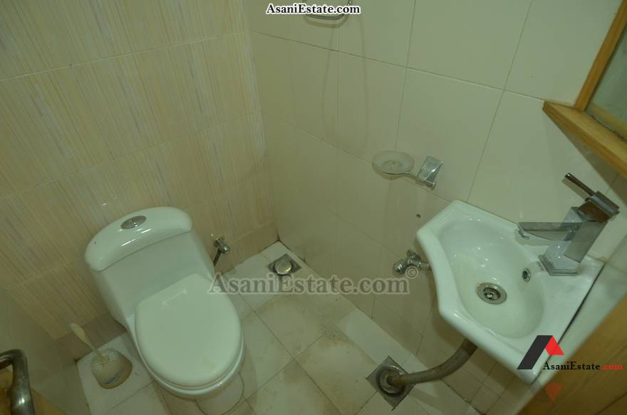 Basement Guest Washroom 42x85 feet 16 Marla portion for rent Islamabad sector E 11