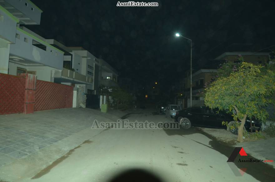 Street View 42x85 feet 16 Marla portion for rent Islamabad sector E 11