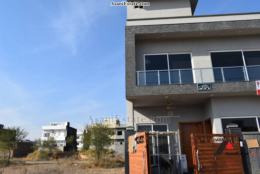 Ground Floor Outside View 25x40 feet 4.4 Marla house for sale Islamabad sector D 12
