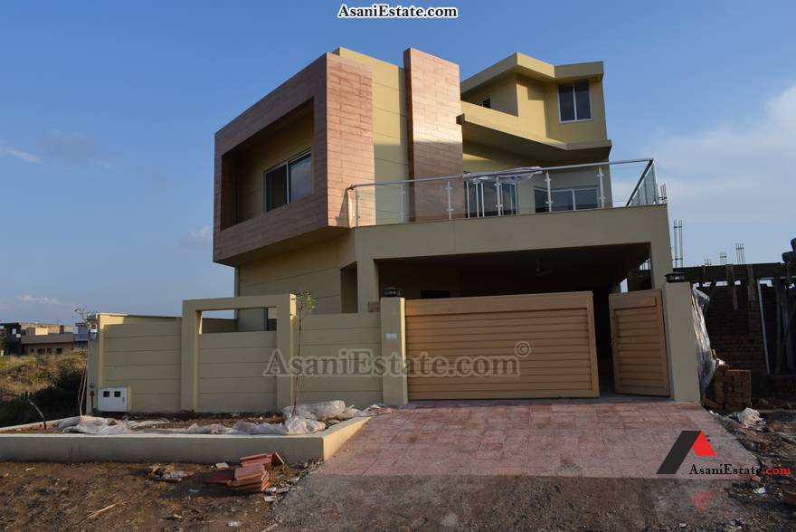 Outside View 35x70 feet 11 Marla house for sale Islamabad sector D 12