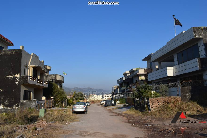 Street View 35x70 feet 11 Marla house for sale Islamabad sector D 12